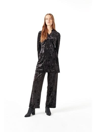 Mizalle Kadife Kimono Siyah